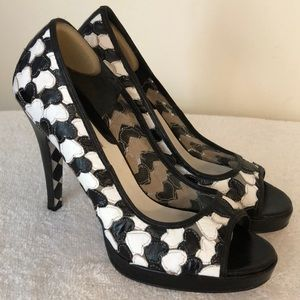 Betsey Johnson fabulous black white leather heels